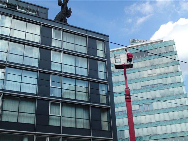Glasreinigung an Hotels, Wohnungen und Bürogebäuden